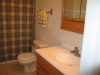deer-run-furnished-bath